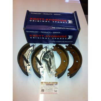 Knott-Avonride knott 250 x 40 brake shoes